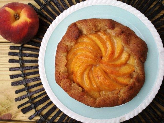 Gluten Free Rustic Peach Galette | Gluten Free Fix